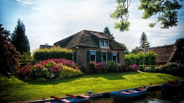 Jak zagospodarować działkę wokół domu?