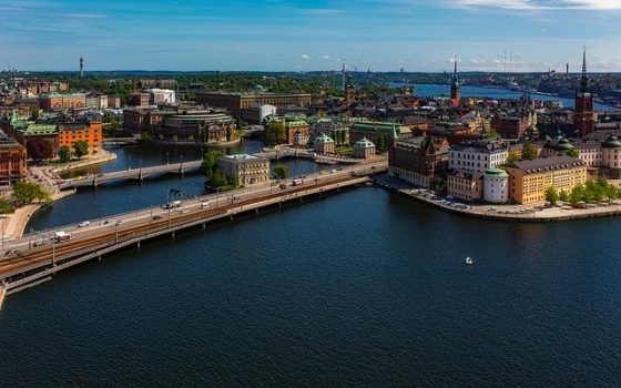 Czym dojechać do Szwecji?